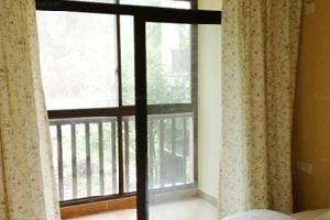峨眉山七里坪风情酒店公寓