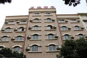 桂林龙港商务酒店