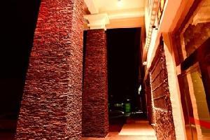 林芝三峡情大酒店 八一广东路酒店 林芝酒店预定