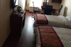 重庆南坪逸芳居酒店