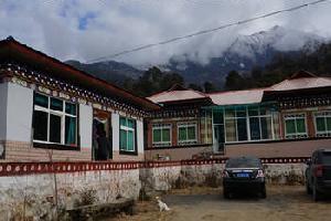 西藏杰布家庭旅馆