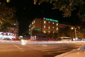 宜必思酒店(镇江中山东路店)
