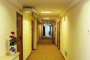 名度假日酒店(吉林西春发店)