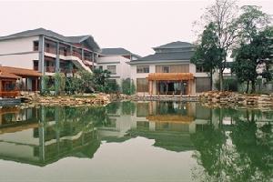 龙佑赤壁温泉度假区中心酒店