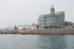 青岛龙港海景酒店