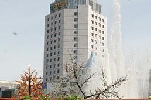 呼伦贝尔市德盛大酒店(原华融假日酒店)