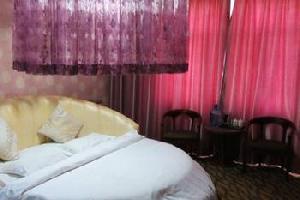 白水家旭宾馆