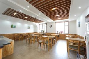 速8酒店(延吉长白山路店)