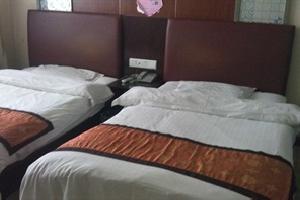 靖边圣宝商务酒店