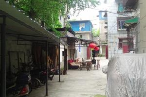 都江堰酒家公寓