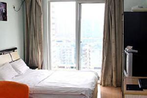 厦门路人家酒店公寓(冠宏花园)