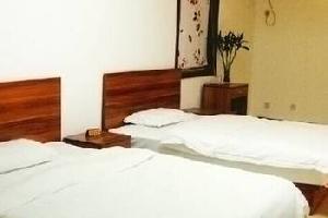 华县万隆宾馆