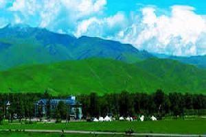 那拉提空中草原度假酒店